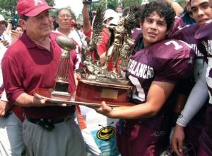 Águilas Blancas con el Dr. Jacinto Licea. Último campeonato