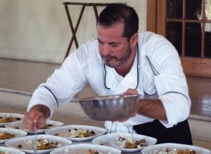 Chef Alberto Sentíes