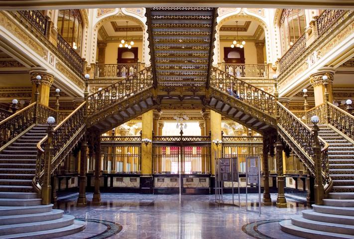 Palacio Postal © Karina Flores