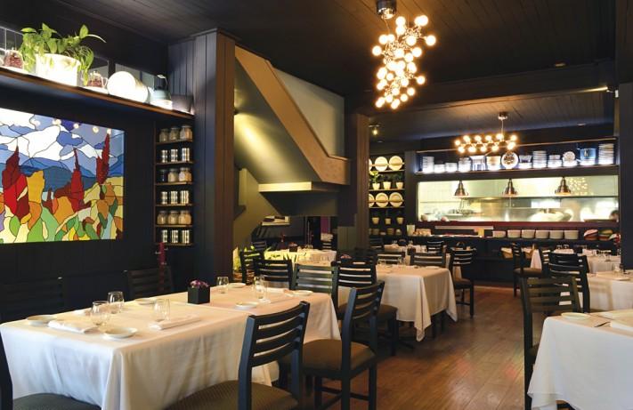 Restaurante Amaranta Foto Cortes%C3%ADa Amaranta 711x461 10 Lugares Para Cenar En DF   A la Mexicana