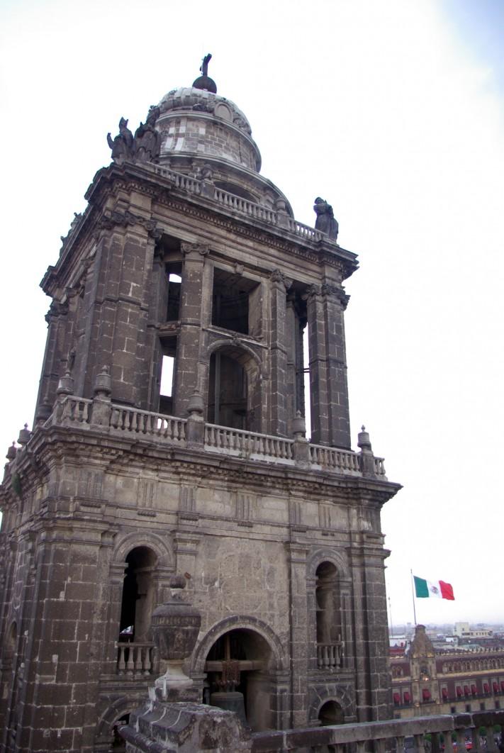 Karina Flores, Catedral 02