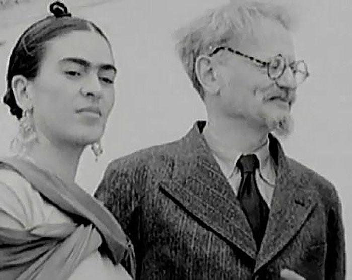 Frida Kahlo y León Trostsky_700