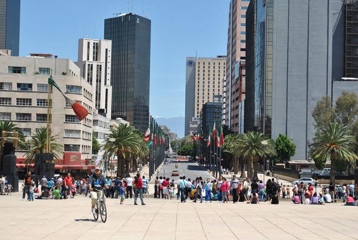Plaza_de_la_República_72